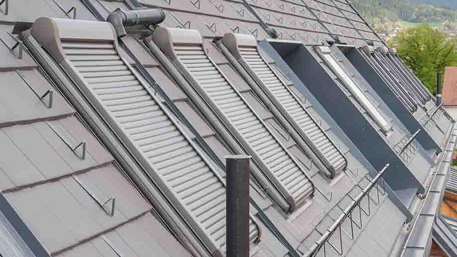 roof-roofwindows-closed-roller-shutter
